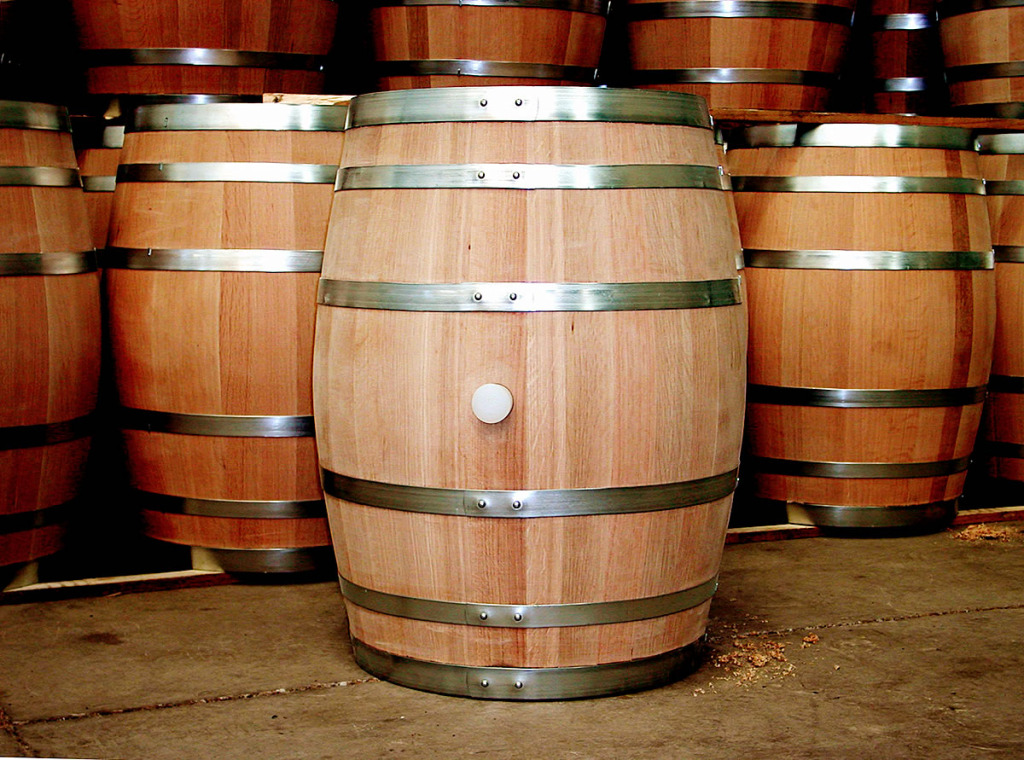 Oak-wine-barrel-at-toneleria-nacional-chile